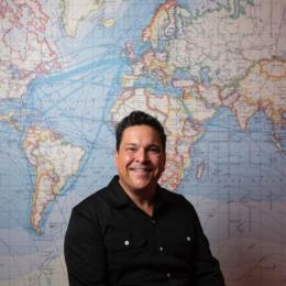 Dom Joly's Holiday Snaps at Cornerstone, Didcot